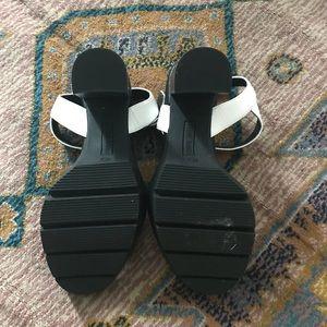 39f3eef0cd0d Steve Madden Shoes - Steve Madden Traviss chunky heel sandal
